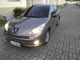 Carro Peugeot Passion 207 XR Sport 1.4 Flex
