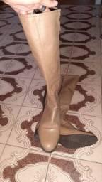 Bota de couro cano longo