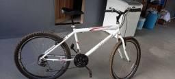 Bicicleta aro 26.