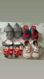 Vende- se esses sapatinhos de bebê nunca usados!!