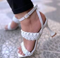 Sandálias feminina