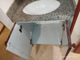 Balcão banheiro com a cuba