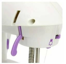 Título do anúncio: Mini Máquina De Costura Branca Bivolt 110v - 220v