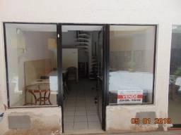 Loja a venda e locação  no farol de Itapua, loja térrea, 35 m2, com mezanino