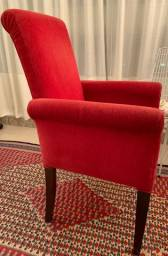 Título do anúncio: Cadeira de braço em veludo vermelho