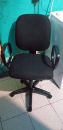 Título do anúncio: Cadeira de escritório do presidente giratória