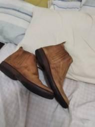 Botas de couro legitimo
