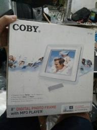 Título do anúncio: Porta retrato digital coby dp-882
