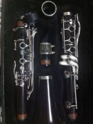 Clarinete Eagle sib 17 chaves usado