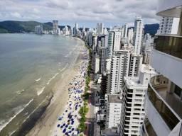 Triplex com 5 suítes e piscina em Balneário Camboriú - Reveillon 2020