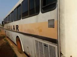 Ônibus sem a parte mecânica