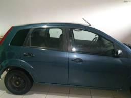 Fiesta completo ar,só no ponto de transferência - 2011