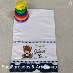 Toalha Lavabo Bebê M Bordada Person/nome Barra Tecido