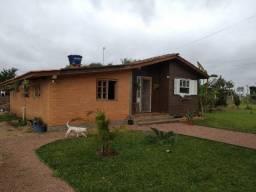 Velleda oferece casa +piscina+quiosque em 1600m², cond. fechado