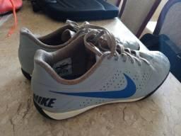 Chuteira Nike 40