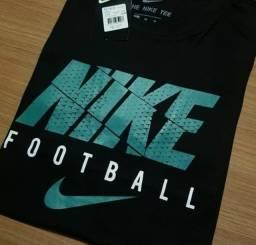 25 reais camisetas básicas
