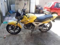 Moto tuister 250