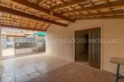 Linda casa em condomínio na Vila Nasser - 2 quadras da av. Euler de Azevedo!