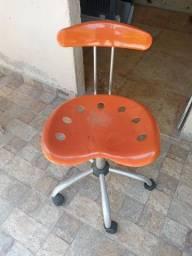 Título do anúncio: Cadeira hidráulica infantil