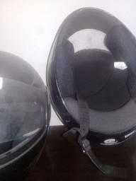 Título do anúncio: 2 capacetes.