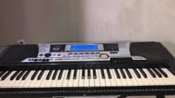Teclado musical Yamaha psr 550