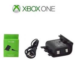 Bateria e Cabo Carregador Controle Xbox One