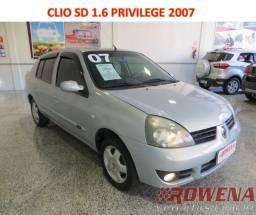 Título do anúncio: Clio Sedan 1.6 Privilege 2007 Super Novo