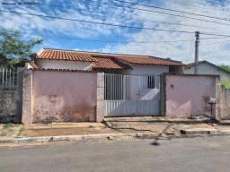 Casa para Venda em Várzea Grande, Santa Isabel, 3 dormitórios, 1 banheiro, 2 vagas