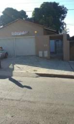 Imóvel com renda no Bairro Hilda - Apenas 2 quadras da Avenida Rio Verde
