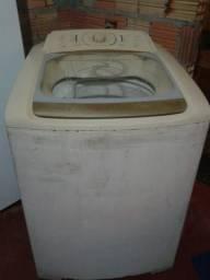 Vendo uma máquina de lavar roupa ela não bate