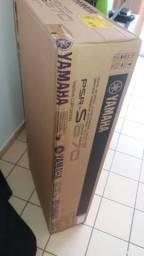 Teclado Yamaha Psr-S 670-Novo- Nota/Garantia-Novíssimo-Lacrado na Caixa-24 q saiu da Loja