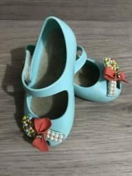 Sapatinho Worldcolors pirulito 19/20 lindo