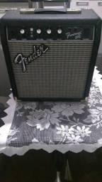 Fender Frontman 10G - 25 wats