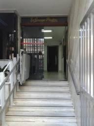 Sala comercial na Rua Cel Moreira César 383
