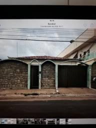 Casa Rua Magalhães de Almeida para Comercio