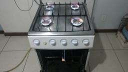 """Lindo fogão 4 bocas Dako automático funcionando """"sou de Guarapari"""""""
