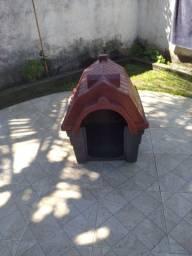 Casinha de cachorro semi nova