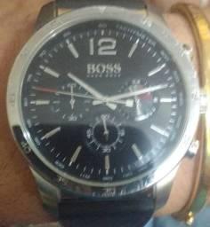 Vendo Relógio.