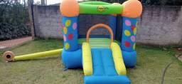 Cama elástica, pula pula, piscina de bolinhas, brinquedos