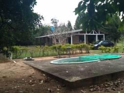 Velleda oferece 1 hectare com 2 casas, piscina galpão, ac troca, próx RS040