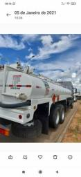 Tanque transporte de Petróleo ou água