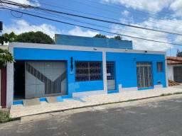 Casa MUITO GRANDE NO CENTRO DE TERESINA