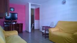 Alugo casa na praia de Tamandaré, a casa com mobila fica em área reservada e tranquila.