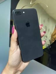 iPhone 8 Plus 64GB PRETO ( até 10x sem juros )