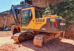 Escavadeira Volvo EC140B *Entrada de 25.000,00