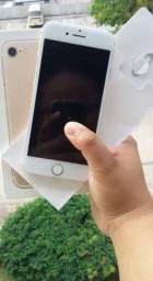 iPhone 7 128gb tudo ok bateria 100% aceito cartão