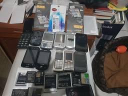 Título do anúncio: Lote de  celulares, baterias e películas