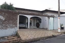 Título do anúncio: Casa ampla e aconchegante no Bom Jardim - Sete Lagoas - próximo a Vila do Exército