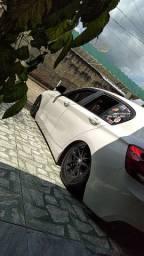 BMW Hatch suspensão a ar ?