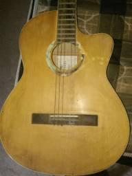 Vendo este violão ou troco por celular